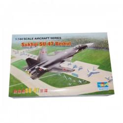 Avion Sukhoi SU-47 Berkut plastična maketa 1/144